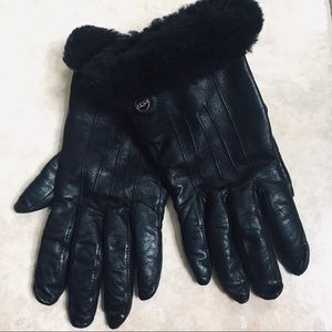 100% Authentic ladies leather UGG gloves